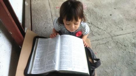Aprendiendo más palabras en la Biblia XD